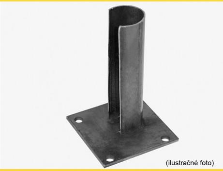 Základová pätka na stlp 48mm / ZN+PVC7016