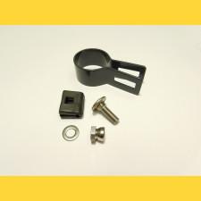 Príchytka panelu na stĺp 48mm / 5mm / koncová / ZN+PVC7016